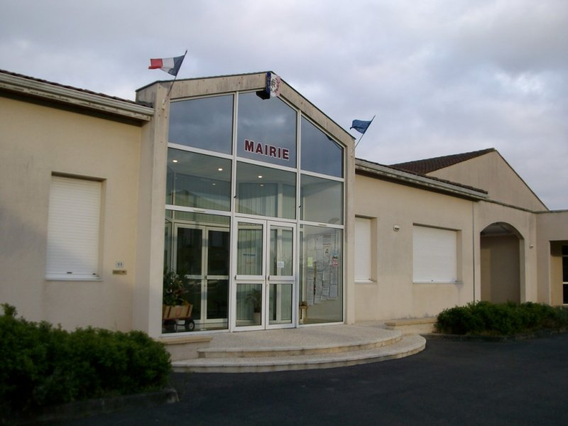 Mairie De Chassors 16200 Chassors Charente